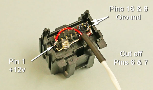 Analog radio connector wired with LED